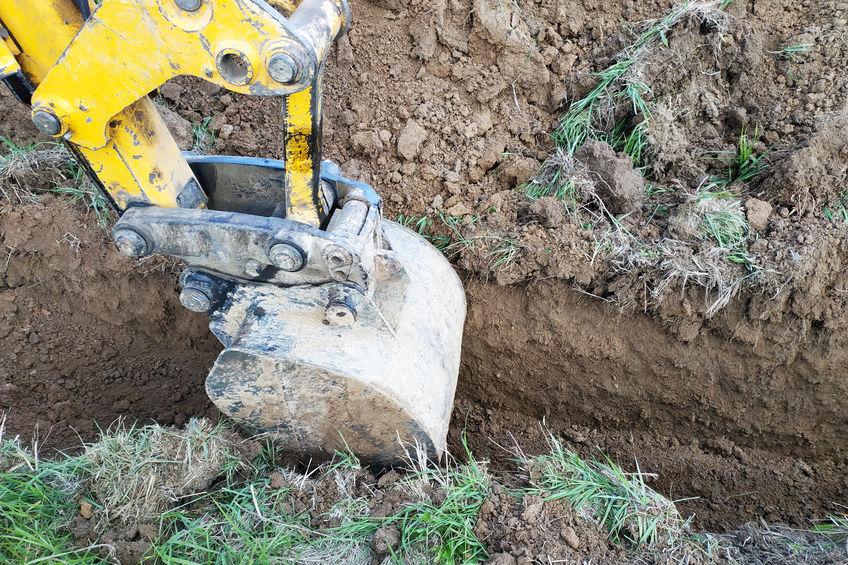 Plombier Caen creuse tranchée arrivée d'eau