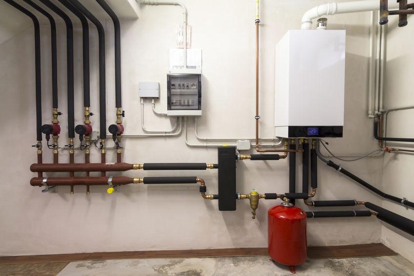 Plombier chauffagiste Caen installe chaudière au gaz
